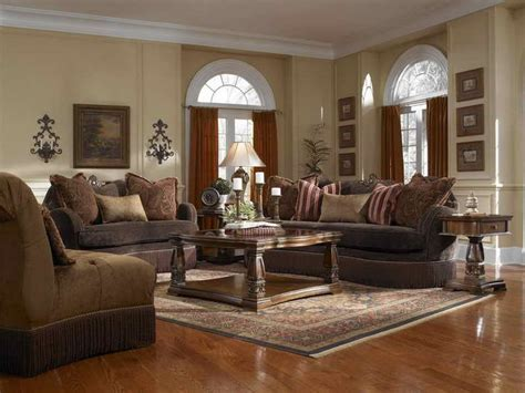 tuscan living room furniture 17 best images about living room on pinterest wood trim