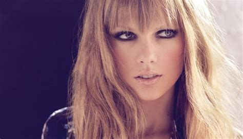 background queue swift 3 taylor swift desktop background 17 by stay strong on