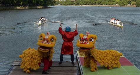 dragon boat festival in china 2017 china dragon boat festival www imgkid the image