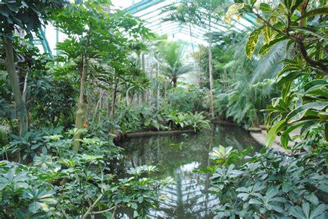 indoor gardens  paris urban retreats