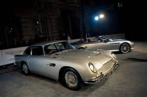 Aston Martin 007 Skyfall Skyfall Screening Aston Martin Db5 New Vanquish And