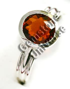 Hessonite Garnet 3 04 Crt gomedh jyotish gemstones page 6