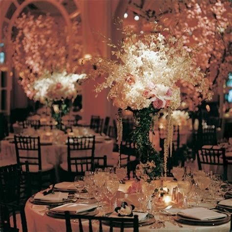 Classic Wedding Pictures by Classic Wedding At The Beverly Hotel Inside Weddings