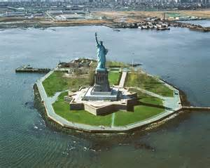 Island Ny File Overall View Of Liberty Island Looking Northwest With