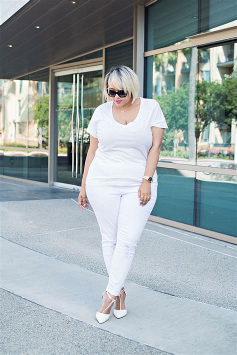 The White Jean Is All About And Summer by What To Wear With White This Summer Stylecaster