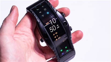 nubia alpha hands   amazing foldable smartwatch