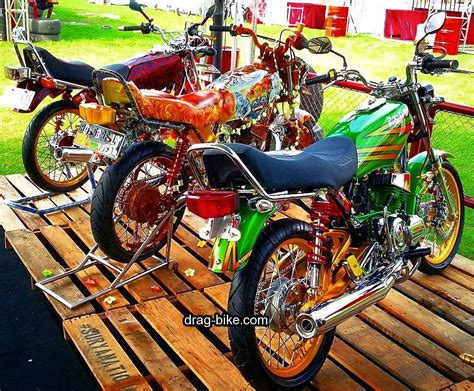 kumpulan variasi motor  solo modifikasi yamah nmax