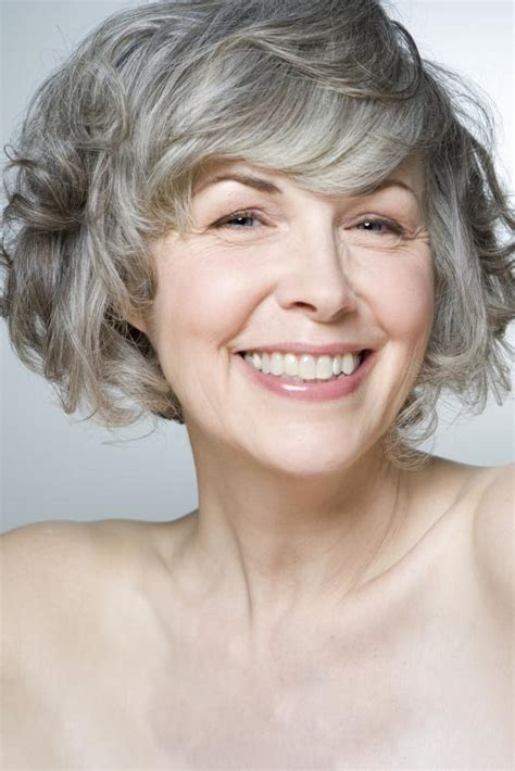 essy bobs for middle age pictures of hair styles for middle aged women