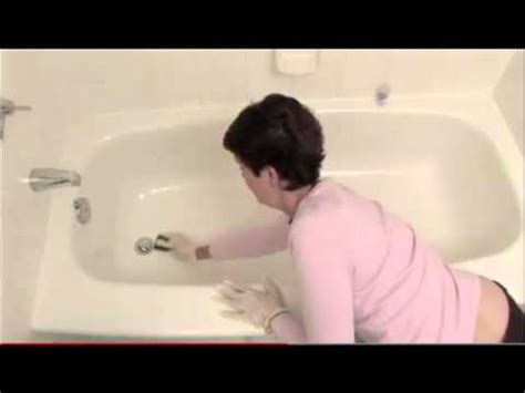 invisible bathtub mat safer bathtubs and showers using quot invisible bathtub mat