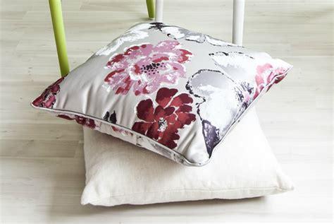 tessuti fiorati stunning divani a fiori images acrylicgiftware us