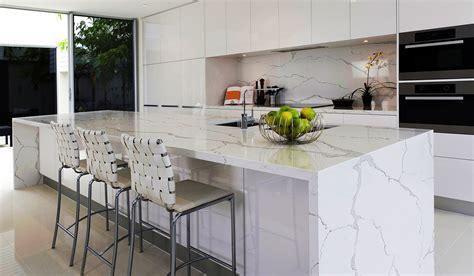 tradtioanal white kitchen design calacatta marble talostone 9080 calacatta gold quartz surfaces stone