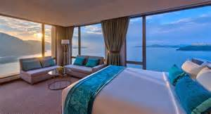 Top 10 Coolest Bedrooms The World S Top 10 Hotel Room Enclosed By Stunning Scenes