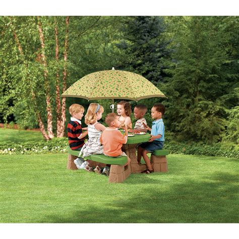 step2 naturally playful picnic table with umbrella step2 naturally playful picnic table with 5 umbrella