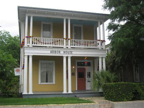 arbor house inn arbor house inn and suites san antonio tx foto s reviews en prijsvergelijking