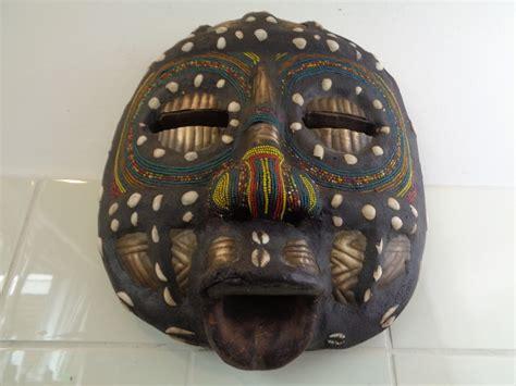 Masker Dokter luba masker dr congo curiosa en kunst nl