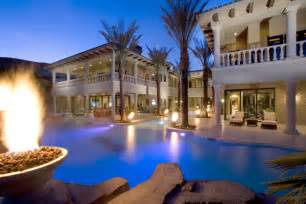 luxury homes las vegas why now is a time to buy las vegas luxury houses