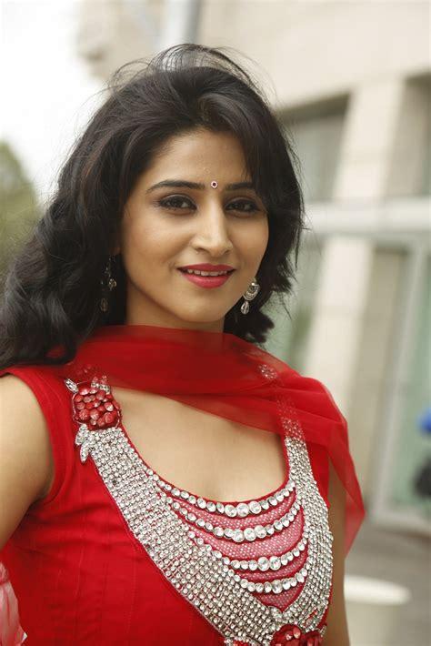 telugu heroine hot hd photos download telugu heroine shamili looking beautiful in red chudidar