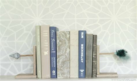 be right back bookends diy arrow bookends domestically speaking
