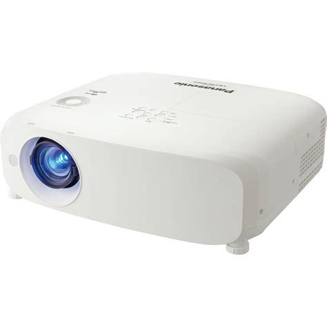 Proyektor Panasonic Pt Lb2vea panasonic pt vz585nu 5000 lumen wuxga 3lcd projector pt