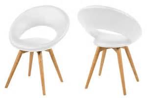 fauteuil design en cuir blanc et pi 232 tement bois mule mykaz