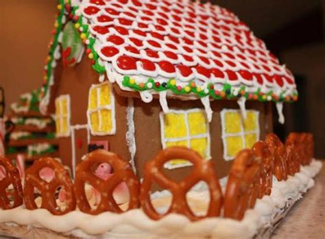 diy gingerbread house the ultimate diy gingerbread house family focus blog