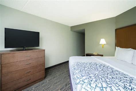 350 lighting way secaucus nj 07094 la quinta inn suites secaucus meadowlands nueva jersey