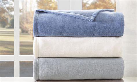 best way to get dog hair off comforter how to wash fleece blankets overstock com