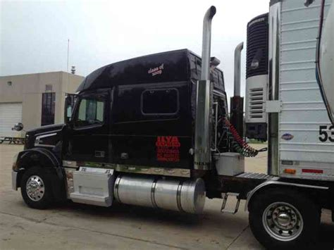 2009 volvo semi truck volvo vt 830 2009 sleeper semi trucks