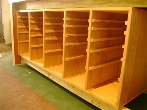 Building Drawers For A Workbench by 30 Drawer Tool Cabinet To Go With Workbench By