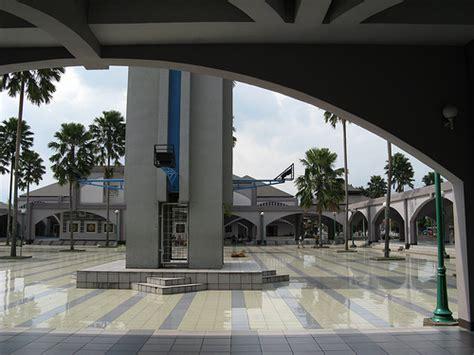 berkunjung  islamic center pusdai jabar wisata bandung