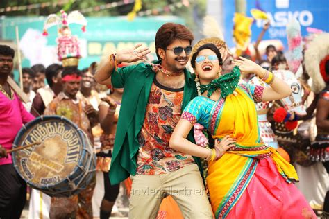 vijay bhairava hd photos download picture 1106036 vijay keerthy suresh in bhairava movie