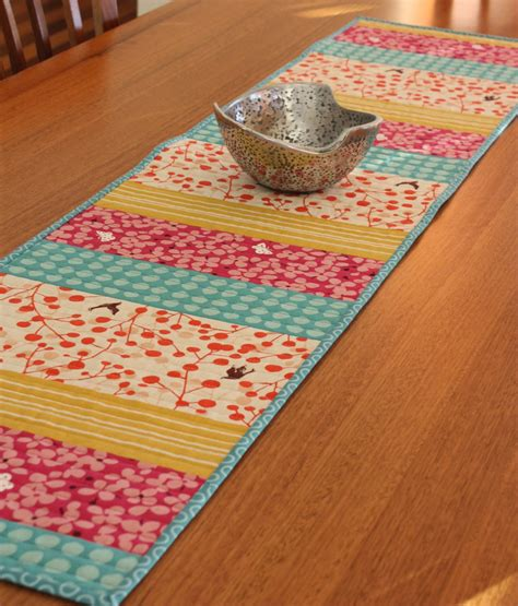 How To Make A Quilted Table Runner by Quilted Table Runners Free Patterns
