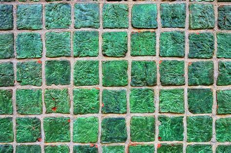rimuovere fughe piastrelle come pulire le fughe dalle piastrelle bagno