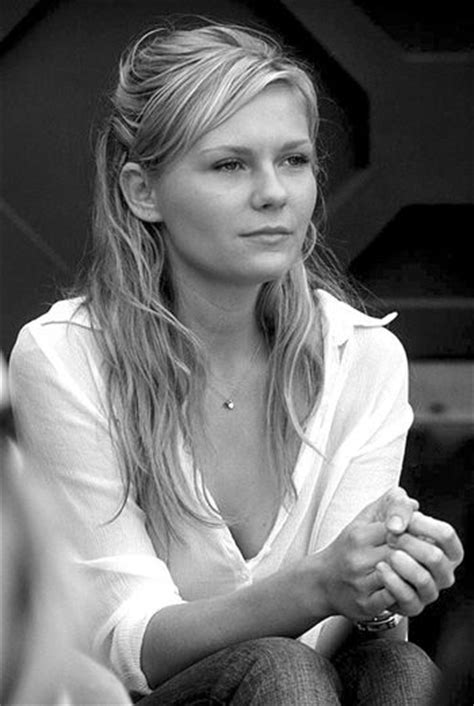 Kirsten Dunst...my mom looked just like this when she was