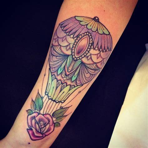 globo con flor y diamante by miss julliet tatuajes para