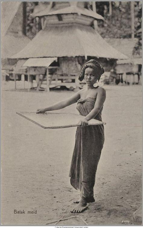 Baju Adat Jaman Dulu memang bagian dari adat istiadat indonesia oleh esther lima kompasiana