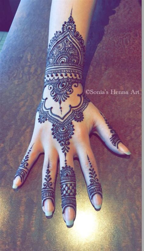 design henna modern 25 b 228 sta modern henna id 233 erna p 229 pinterest mehndi