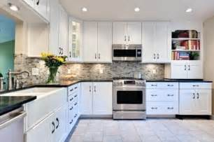 Kitchen Backsplash For White Cabinets by Decorations Kitchen Subway Tile Backsplash Ideas With