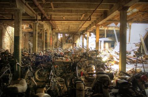 Motorrad Nyc by Step Inside This Graveyard In New York Where Motorcycles
