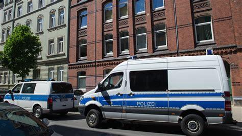 wohnungen suchen hannover polizei durchsucht wohnungen hannover 96 ultras bild de