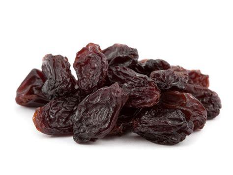 ate raisins raisins nutrition information eat this much
