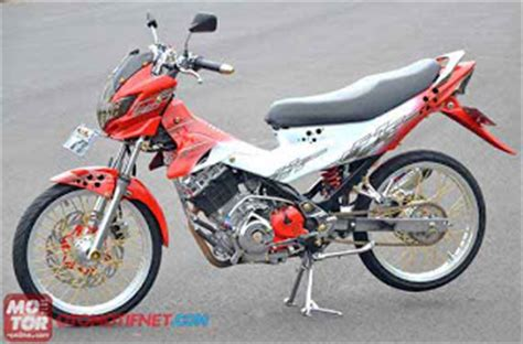 kombinasi warna teduh akan dominasi modifikasi motor 2013 foto modifikasi motor satria fu airbrush simple acre