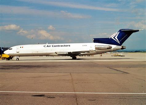 file boeing 727 225 f air contractors an0217700 jpg wikimedia commons