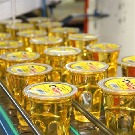 Minyak Goreng Cap Ikan Dorang ruang packaging ikan dorang minyak goreng surabaya
