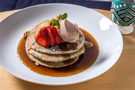 Gardenia Downing Stack Em 9 Decadent Pancakes Served For Brunch In Nyc
