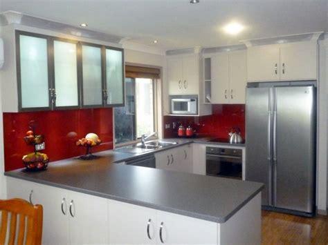 Bright Glass Kitchen Splashbacks
