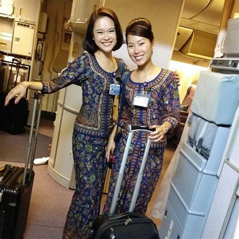 cabin crew in airlines 1000 images about singapore airlines on jfk