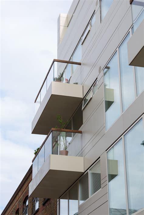 www corian it dupont corian 174 per la facciata strutturale di un edificio