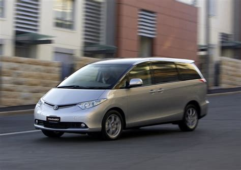 2010 toyota tarago v6 related infomation specifications