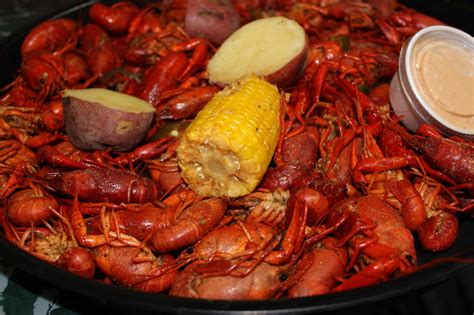 the noobs cajun cookbook cajun meals for the entire family books boiled crawfish realcajunrecipes la cuisine de maw maw